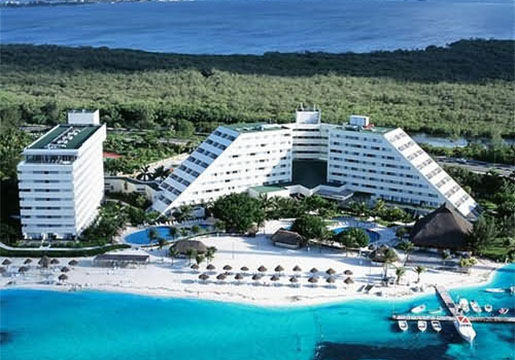 Novo Cancun com  Aéreo + 7 Dias All Inclusive + Open Bar