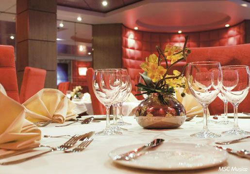 Conheça 6 ILHAS DO CARIBE + refeições para 2 pessoas