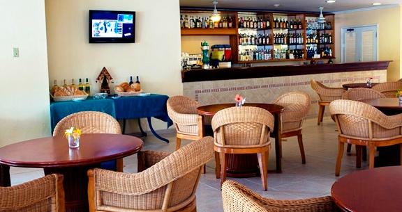 Memories Caribe Beach Resort***