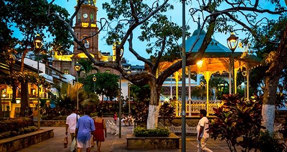 Praça de Armas de Puerto Vallarta