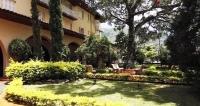 ÁGUAS DE LINDÓIA: Hotel p/ 2 + Criança e Pensão Completa