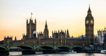 EUROPA ESPETACULAR: Aéreo + Hospedagem em LONDRES