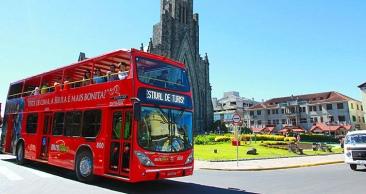 Serra Gaúcha: Aéreo + 4 Noites + Snowland + Bustour