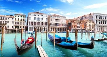 9 NOITES pela ITÁLIA: Roma + Veneza + Nápoles + Passeio
