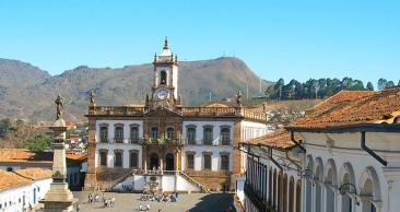 ESTRADA REAL: Tiradentes + Ouro Preto + Inhotim