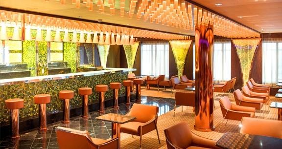 10 Noites: AÉREO + CRUZEIRO TOP da Costa + Hotel em ROMA