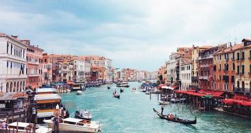 ITÁLIA: Milão + Veneza + Florença + Roma c/ Aéreo + Tour