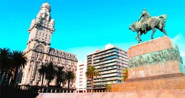 Rodoviário: Final de Semana em Montevidéu c/ Passeios