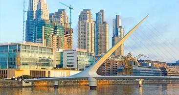 PÁSCOA em BUENOS AIRES: Aéreo + 3 Noites c/ Café