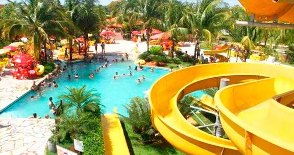 2 Nts HOTEL FAZENDA + Parque AQUÁTICO p/ CASAL + Crianças
