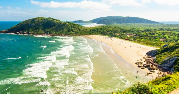 FERIADO de 7 de Setembro: CURITIBA + Ilha do Mel + Trem
