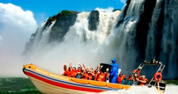FOZ 4*: Passeio de LANCHA nas Cataratas+Compras PARAGUAI