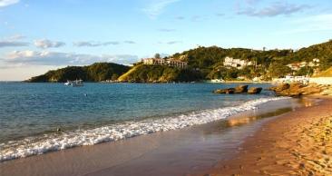4 Noites: Búzios + ARRAIAL DO CABO com Passeio e Praia!!