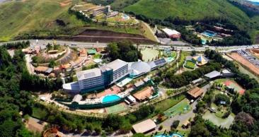 POÇOS DE CALDAS: 2 Nts p/ Casal com Parque Walter World!