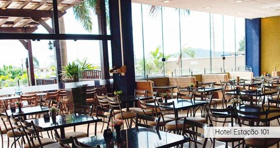 BETO CARRERO: 3 noites c/ Café da Manhã + Ingresso!