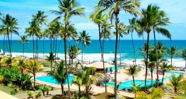 5 Nts: SALVADOR em RESORT PÉ NA AREIA com Meia Pensão!!