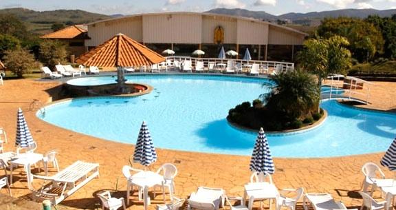 HOTEL FAZENDA em POÇOS DE CALDAS: 2 Nts p/ CASAL e Mais!!
