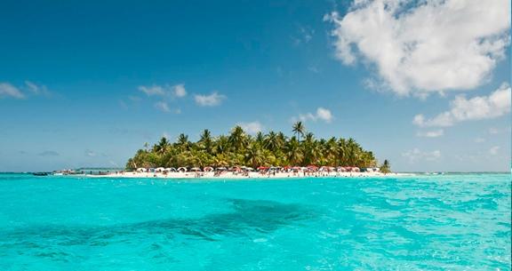 SAN ANDRES Incrível: ILHA do CARIBE c/ TOUR e Meia Pensão