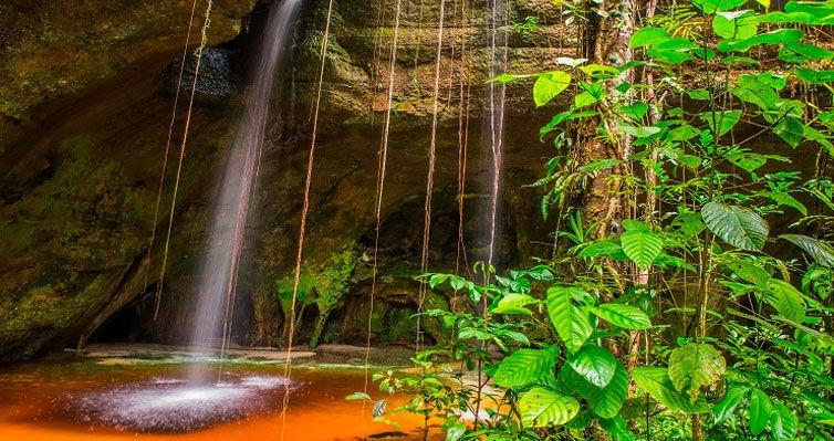 MANAUS 4 Estrelas + Encontro das Águas + Cachoeiras