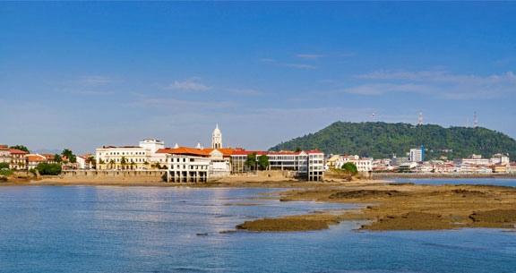 CARIBE + Cidade das COMPRAS: 7 Noites CURAÇAO & PANAMÁ