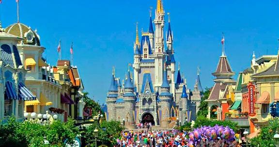 10 nts: MIAMI + Disney's All-Star Movies Resort + Parques