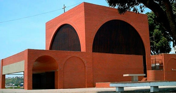 SALVADOR com Santuário IRMÃ DULCE + Almoço no Mosteiro