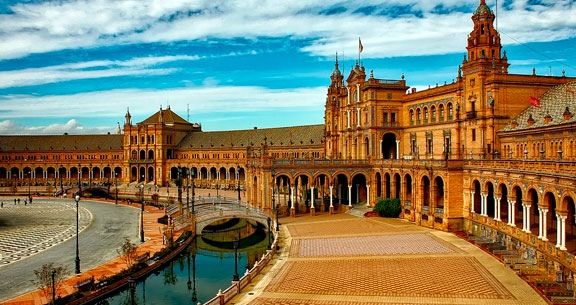 12 Noites: MADRI, ANDALUZIA e MARROCOS e muito mais!