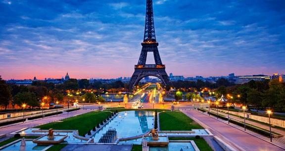 11 Noites: PARIS À ROMA com Passeios + Guia em PORTUGUÊS