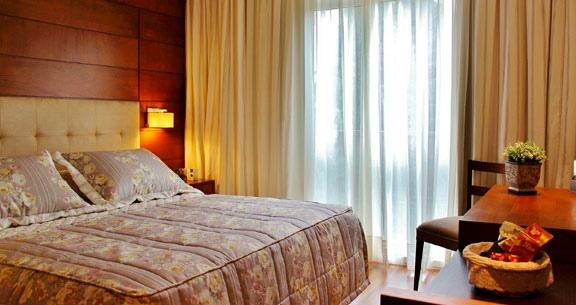 IMPERDÍVEL: GRAMADO LUXO em HOTEL TOP + CARRO!