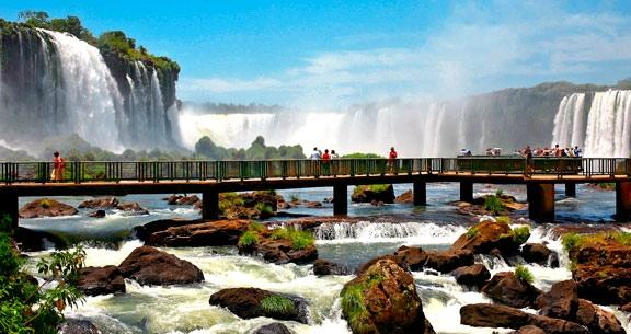 FOZ DO IGUAÇU em HOTEL 4 ESTRELAS + COMPRAS no PARAGUAI