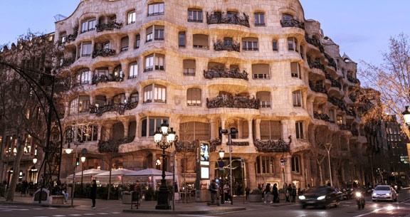 TRAVESSIA MSC SEASIDE + Aéreo + Hotel em BARCELONA